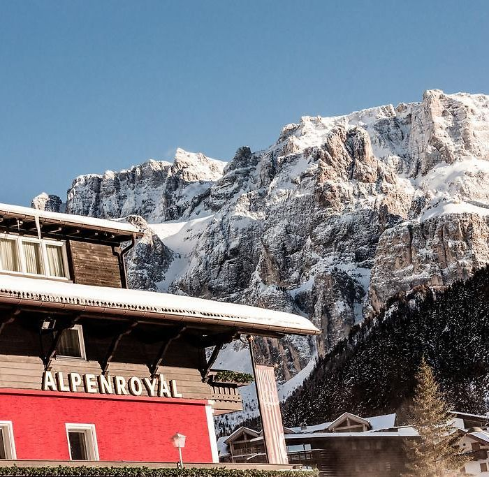 Selva di Val Gardena hotels & apartments, all accommodations in